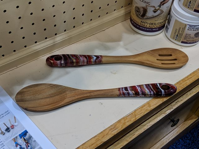 resin and wooden spoons