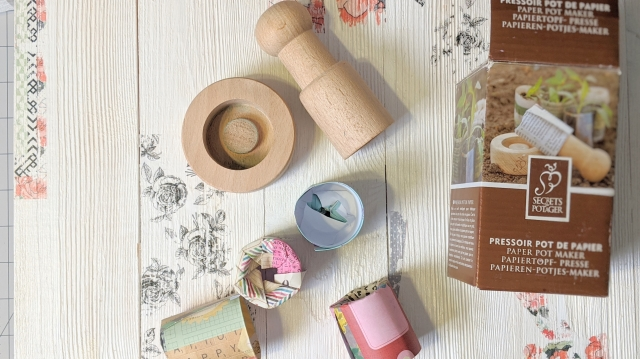 wooden paper pot maker