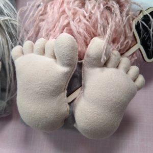 ITH Gnome feet